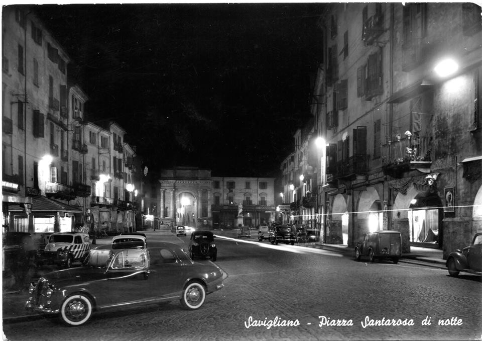 Piazza Santarosa di notte