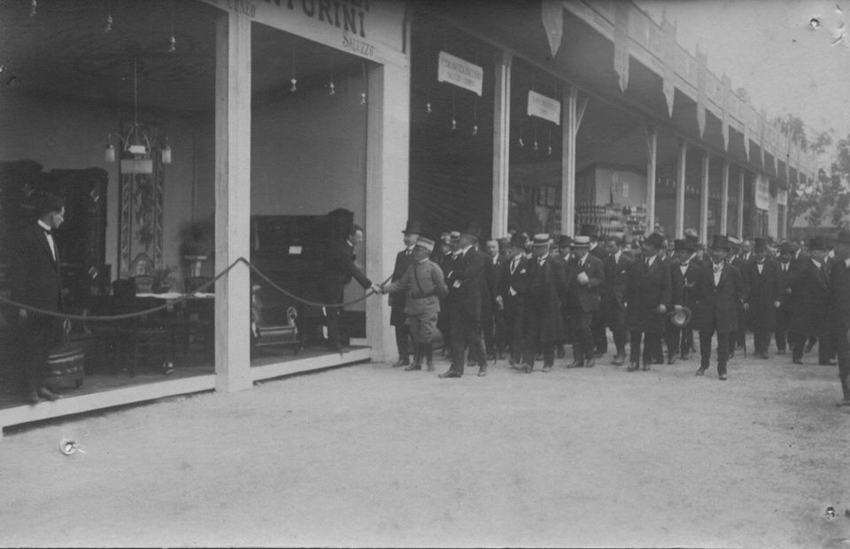 Vittorio Emanuele III in visita a Savigliano