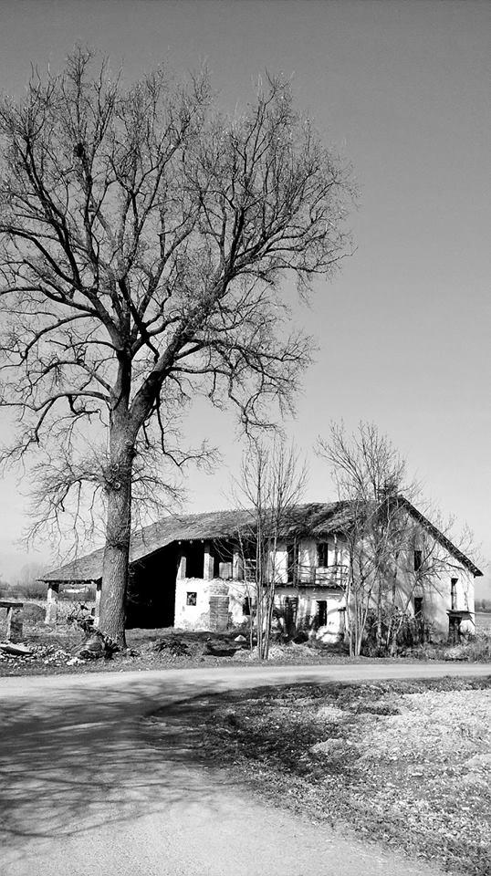 cascina abbandonata apparizione